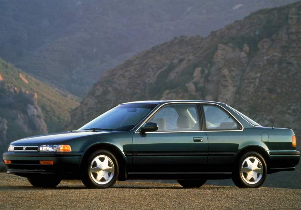 Fiche technique Honda Accord IV Coupé 2.0 (1992-1994)