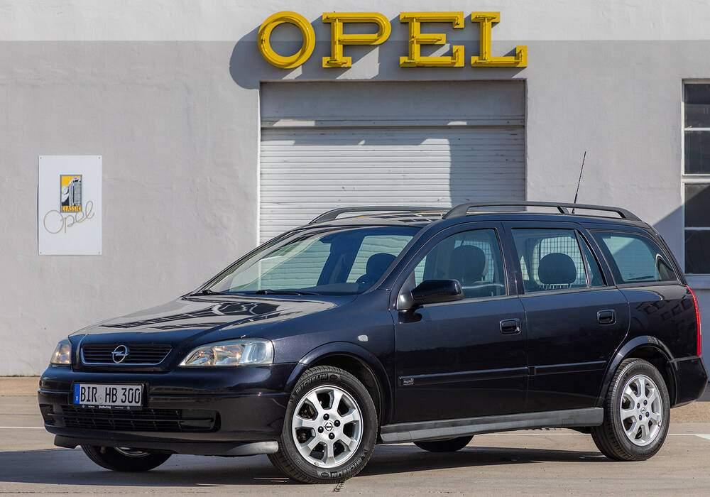 Fiche technique Opel Astra II Caravan 1.7 CDTi 80 (2003-2005)