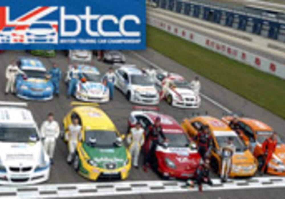 BTCC: Présentation des pilotes et essais à Rockingham