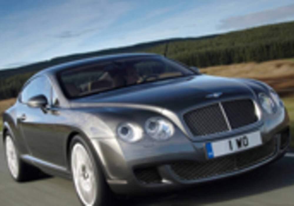 Naim prend la route avec Bentley !