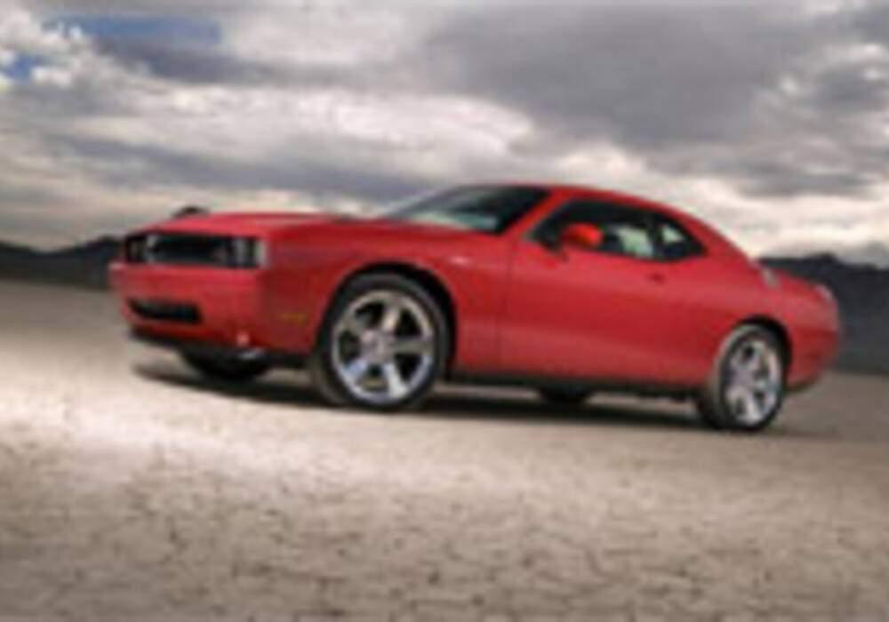 Dodge ajoute les versions SE et R/T au lancement de la Challenger
