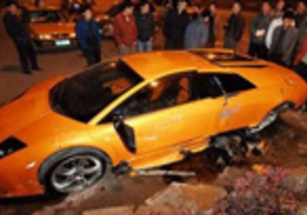 Une Lamborghini Murcielago LP640 accidentée en Chine