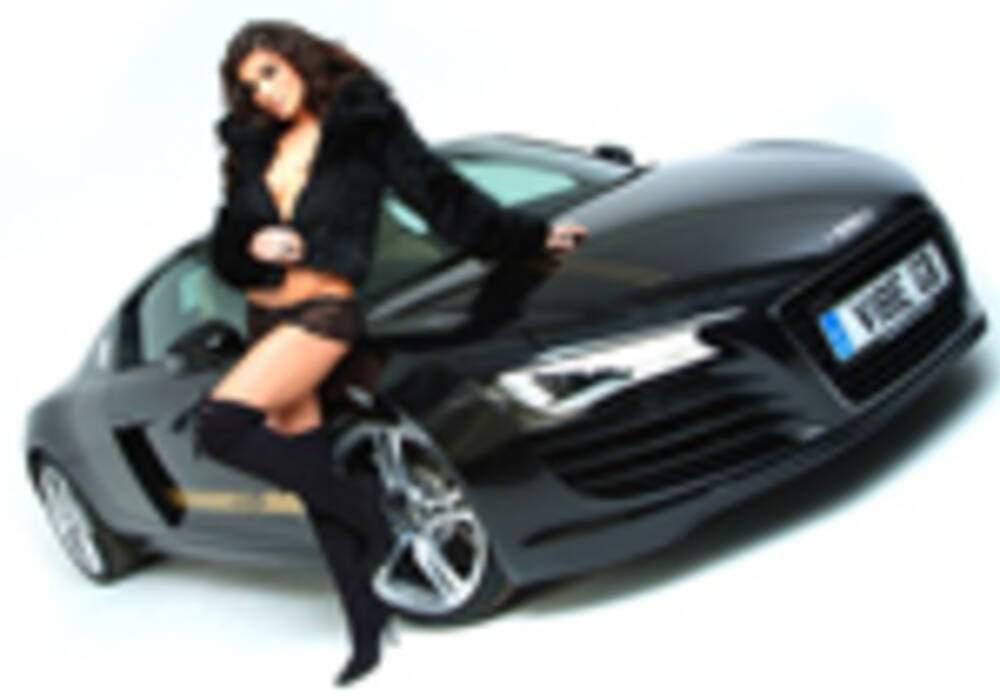 Rachael Cordingley et Audi R8 by Vibe Audio