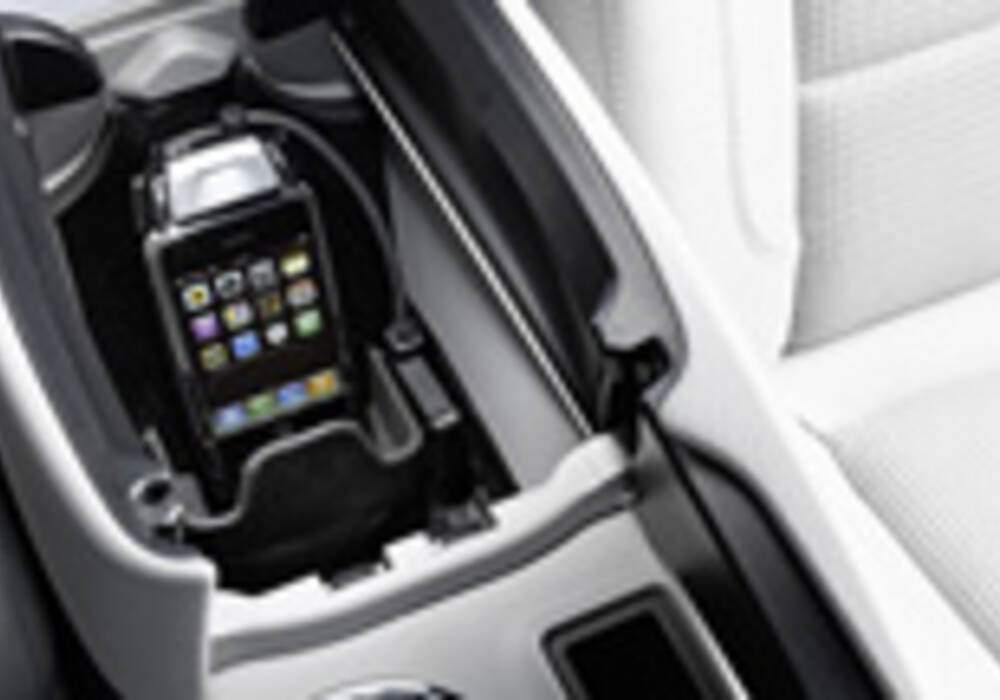 Support iPhone pour Mercedes