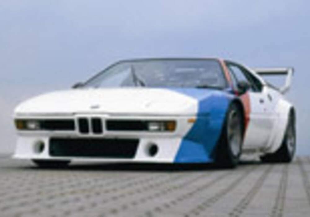 10 BMW M1 ramenées à la piste