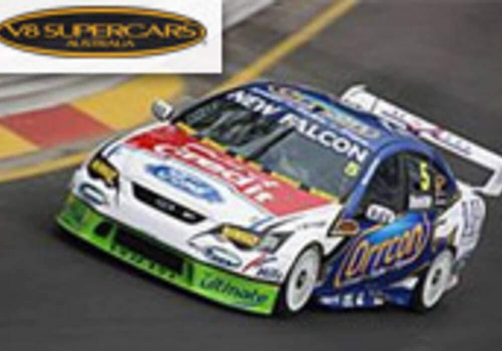 V8 Supercars: Mark Winterbottom accroit son leadership au Queensland Raceway