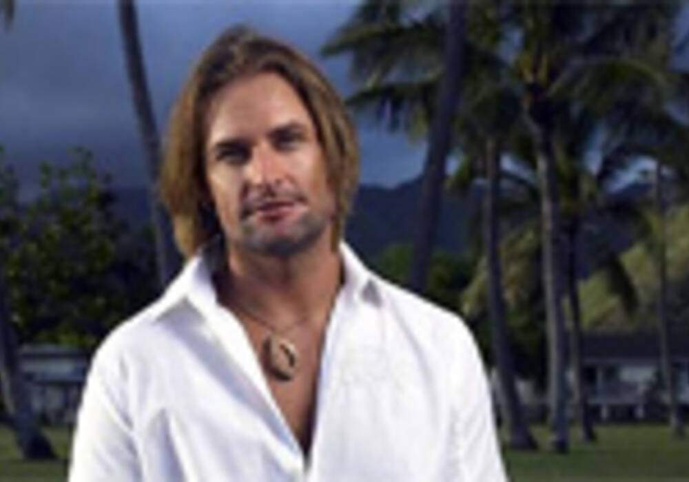Josh Holloway à bord d'une Mini Cooper Tuning