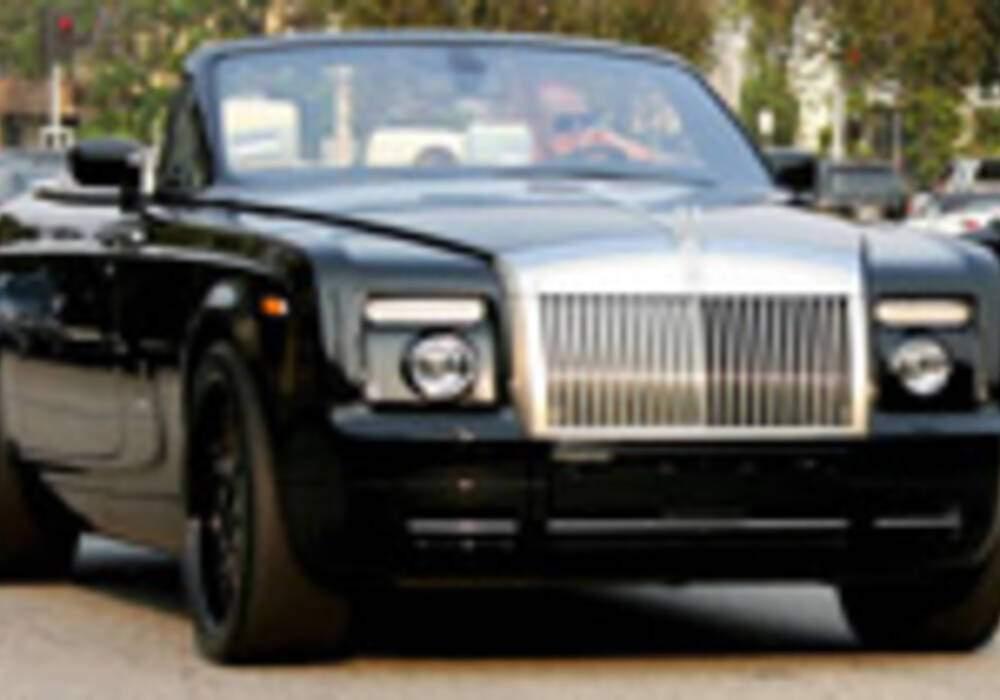 Vidéo : David Beckham en Rolls Royce Phantom Drophead à Berverly Hills