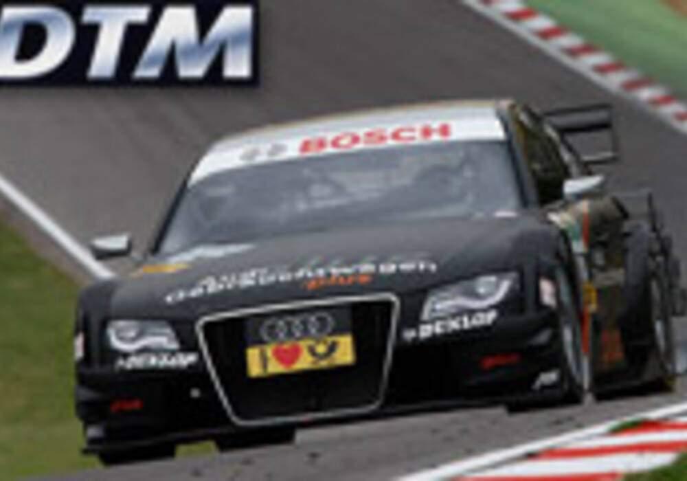 DTM: Timo Scheider à l'arrachée devant di Resta à Brands Hatch