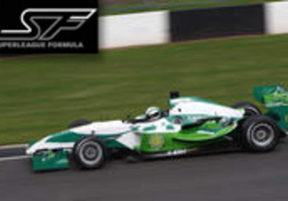 Superleague Formula: Davide Rigon et Borja Garcia vainqueurs à Donington