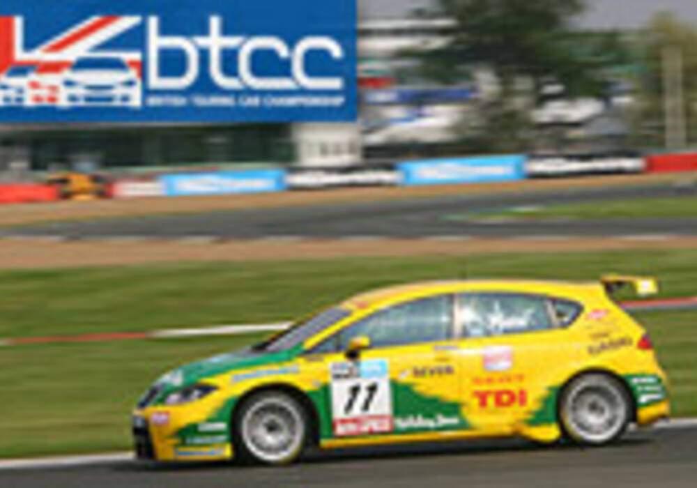 BTCC: Seat, Vauxhall et BMW vainqueurs à Silverstone