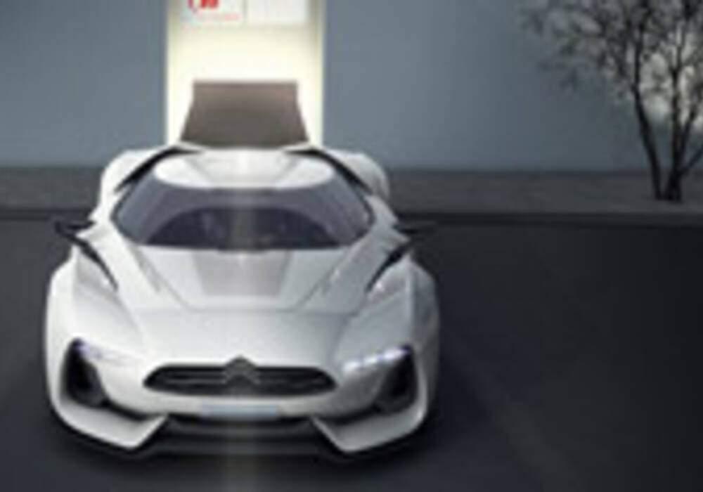 Citroën dévoile son show-car GTbyCITROËN