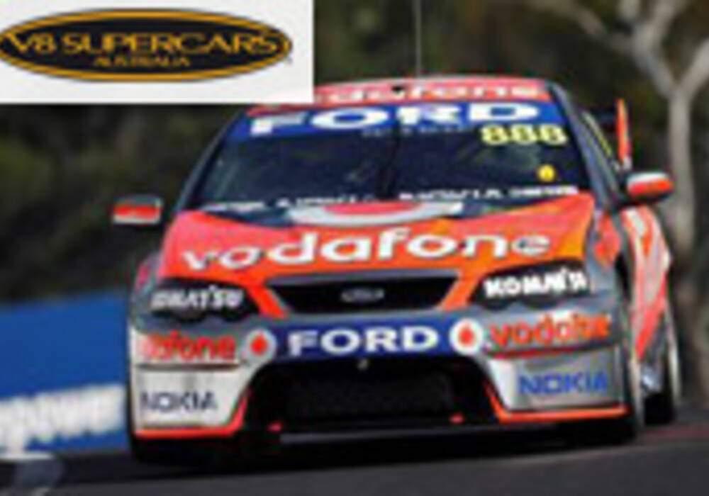 V8 Supercars: Lowndes et Whincup s'imposent à Bathurst