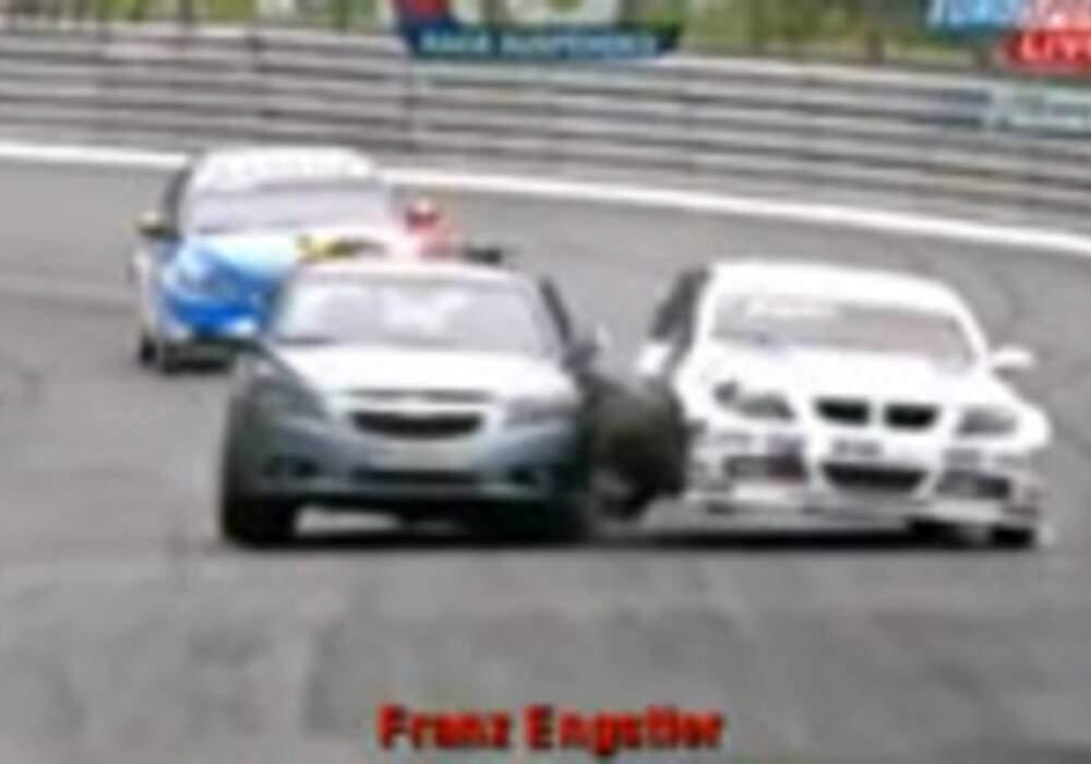 Crash Safety Car WTCC Pau 2009
