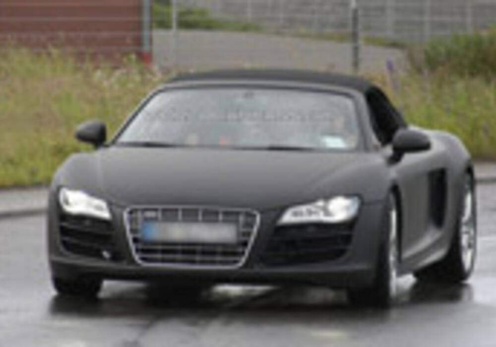 Spyshot: Audi R8 Spider au Nurburgring