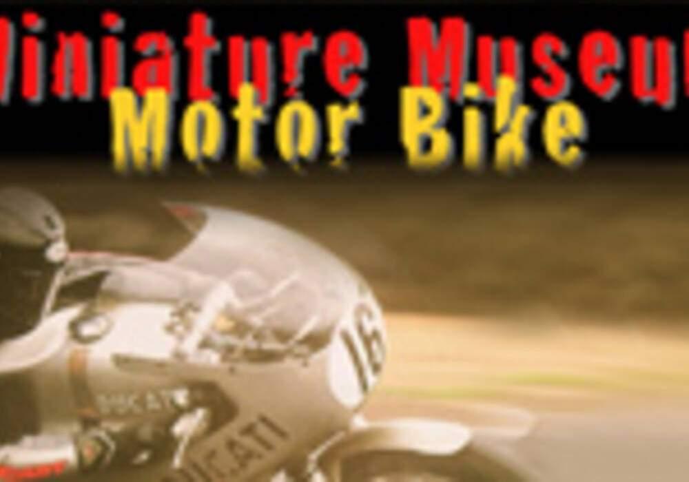 "Site Miniature: ""Museum Motor Bike"""