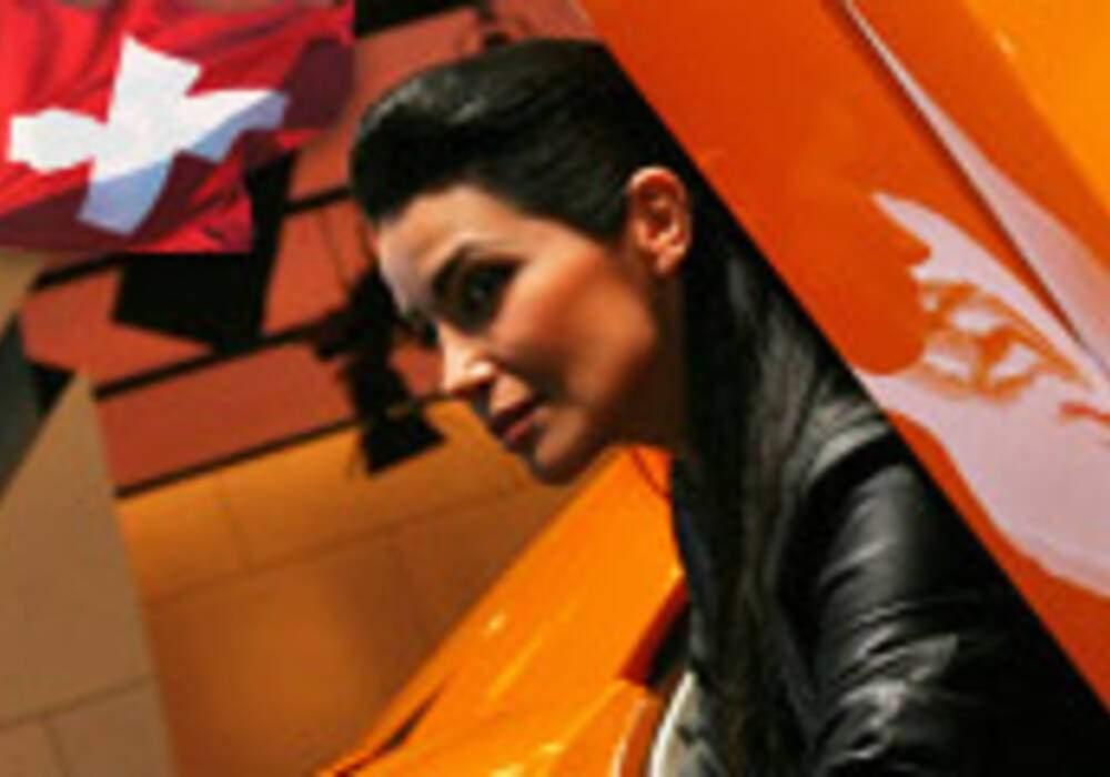 Hôtesses du salon de Genève 2010 - Partie 4