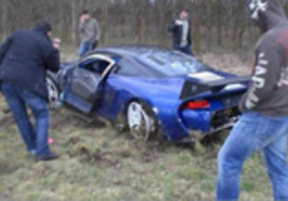 Une 9ff GT9-R, Porsche survitaminée, se crashe