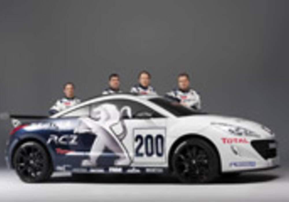 Deux Peugeot RCZ aux 24 heures du Nürburgring