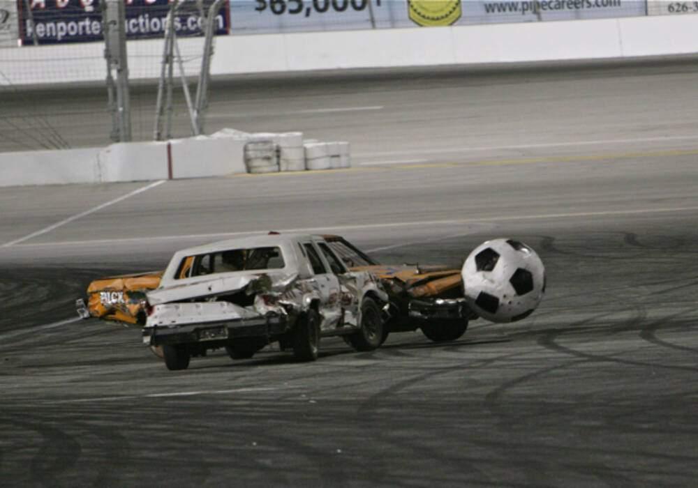 Auto-Soccer à Irwindale Speedway