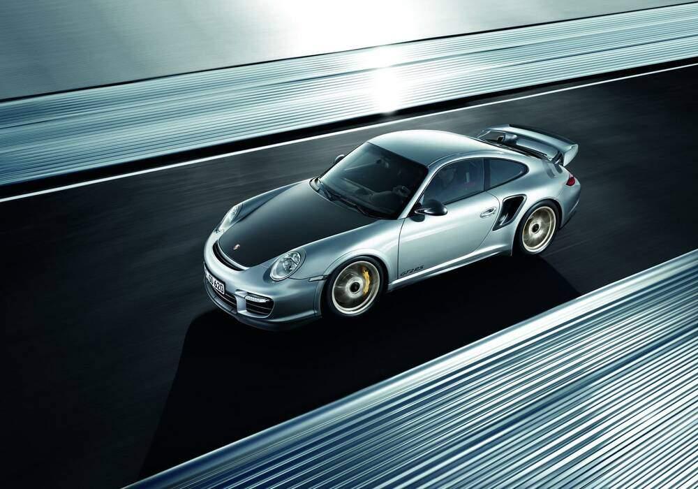 Porsche 911 GT2 RS, premières photos et infos officielles