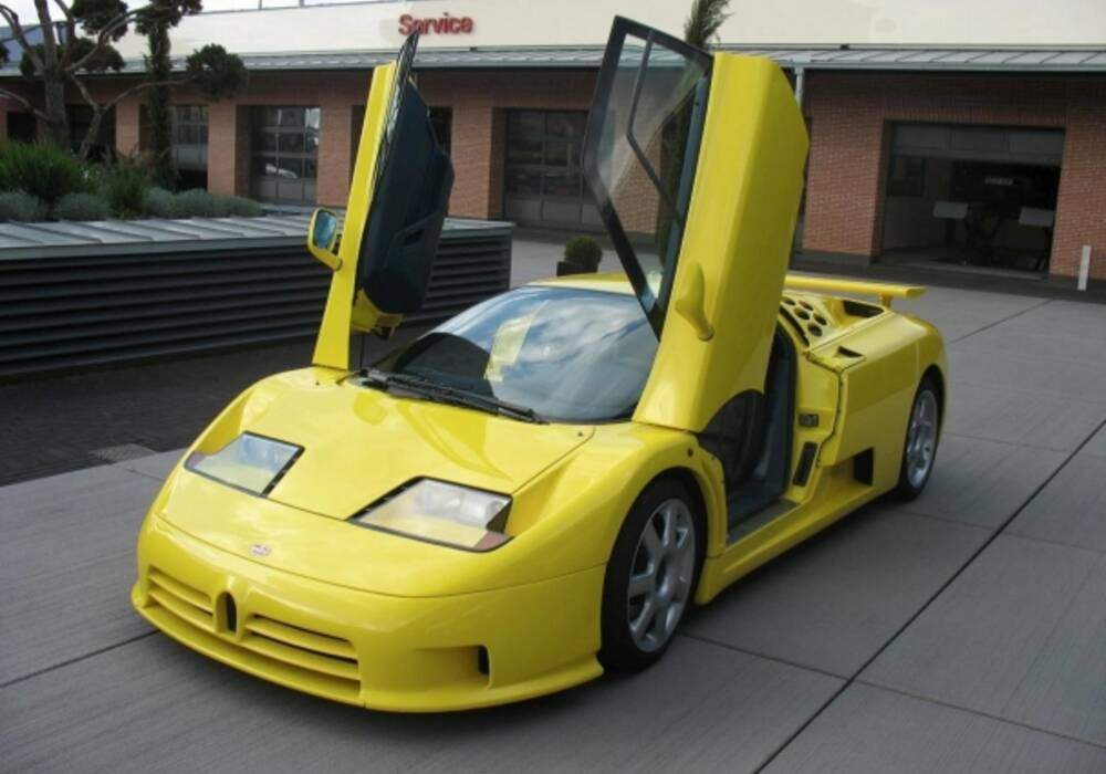 La Bugatti EB110 SS, ex-Schumacher, à vendre