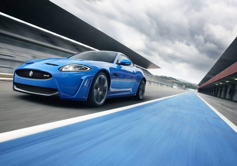 Jaguar XKR-S, la vidéo officielle