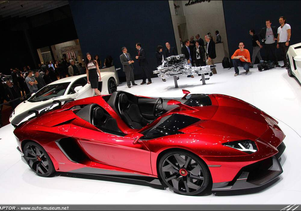 Genève Direct : Lamborghini Aventador J