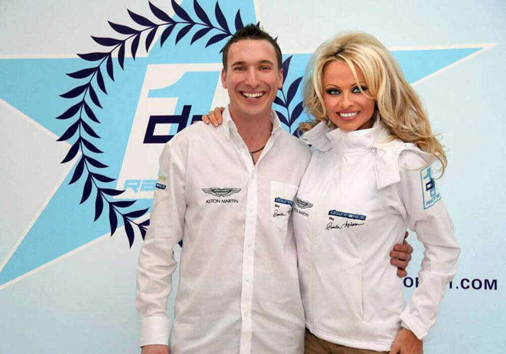 Downforce 1 Racing aux mains de Pamela Anderson