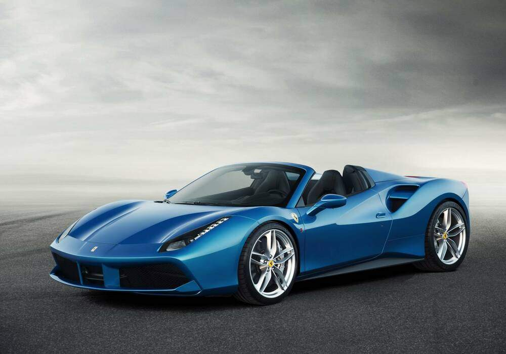 Ferrari 488 Spider, officielle