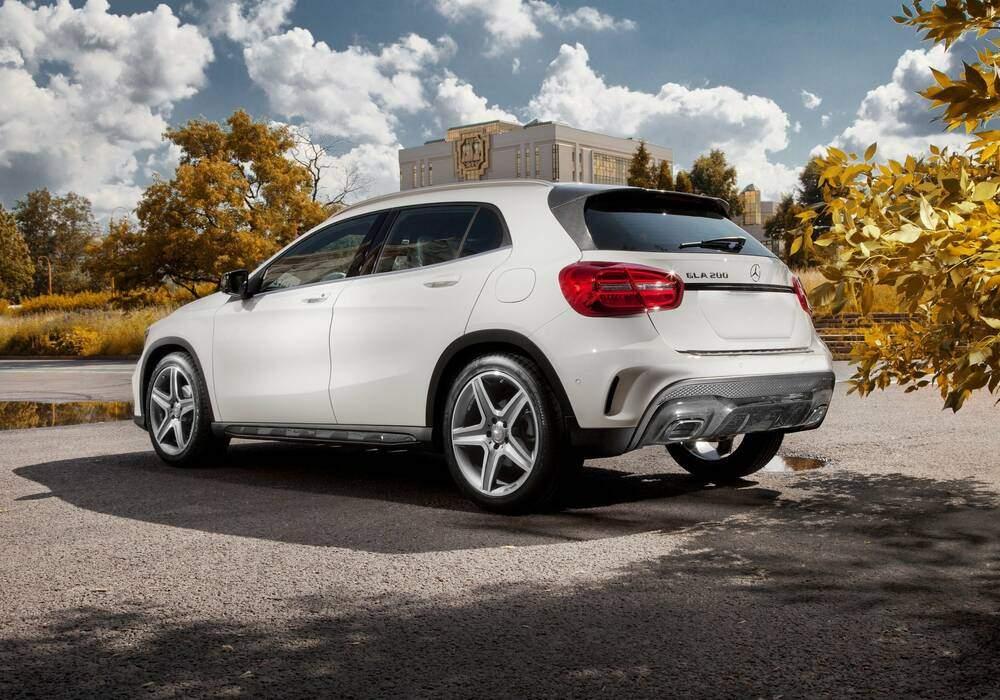 Carbon Pro customise la Mercedes-Benz GLA