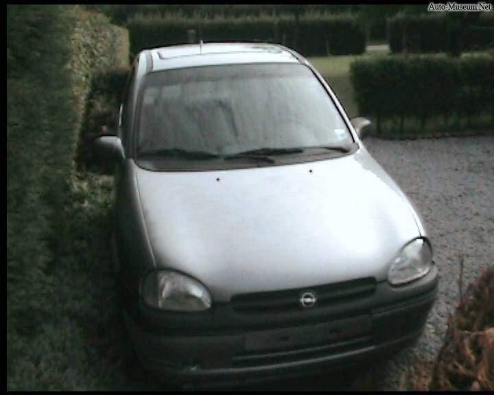 Opel Corsa II 1.4 16v (1996-2000),  ajouté par choupette53