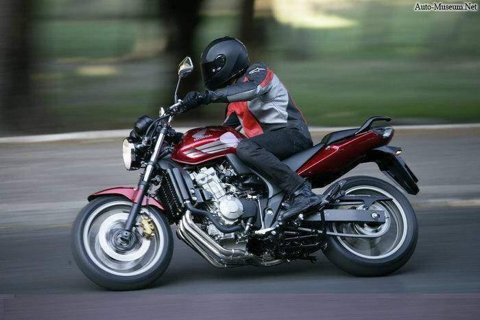 Honda CBF 600 N (2008),  ajouté par nothing