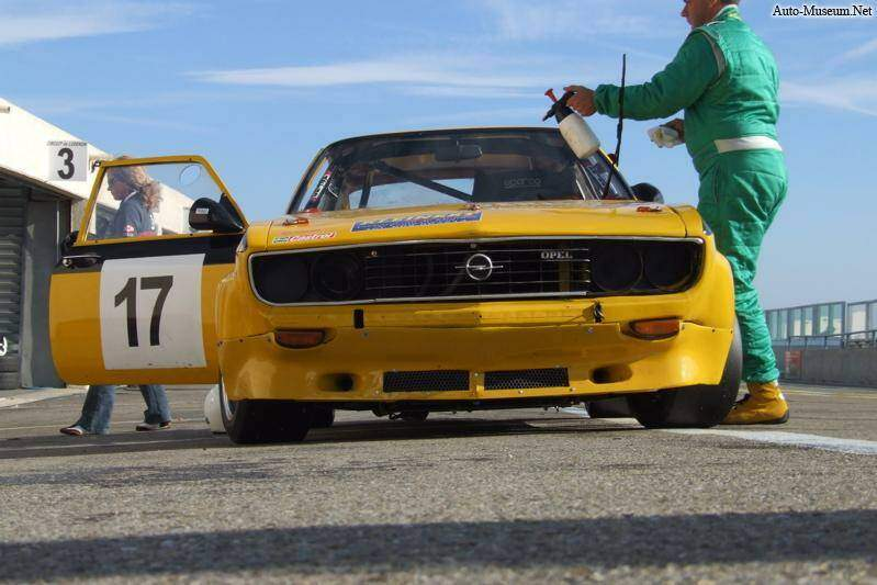 Opel Manta 1.9 S (A) (1971-1975),  ajouté par manudup