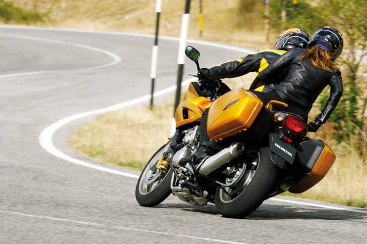 Honda CBF 1000 S ED (2006),  ajouté par riahclam