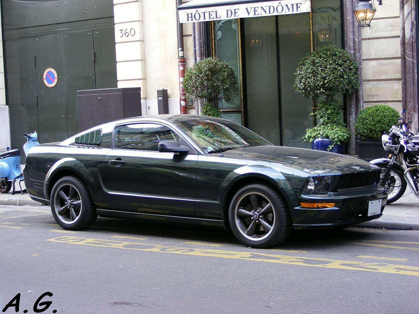 fiche technique ford mustang v gt bullitt 2008 2009. Black Bedroom Furniture Sets. Home Design Ideas