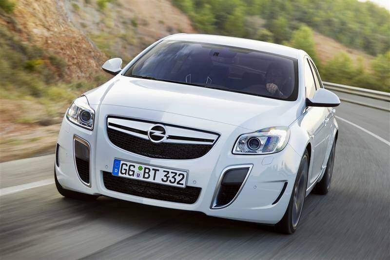 Opel Insignia OPC (2009-2017),  ajouté par fox58