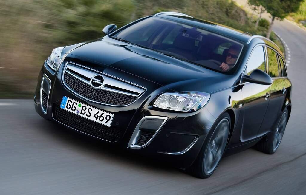 Opel Insignia Sports Tourer OPC (2009-2017),  ajouté par fox58