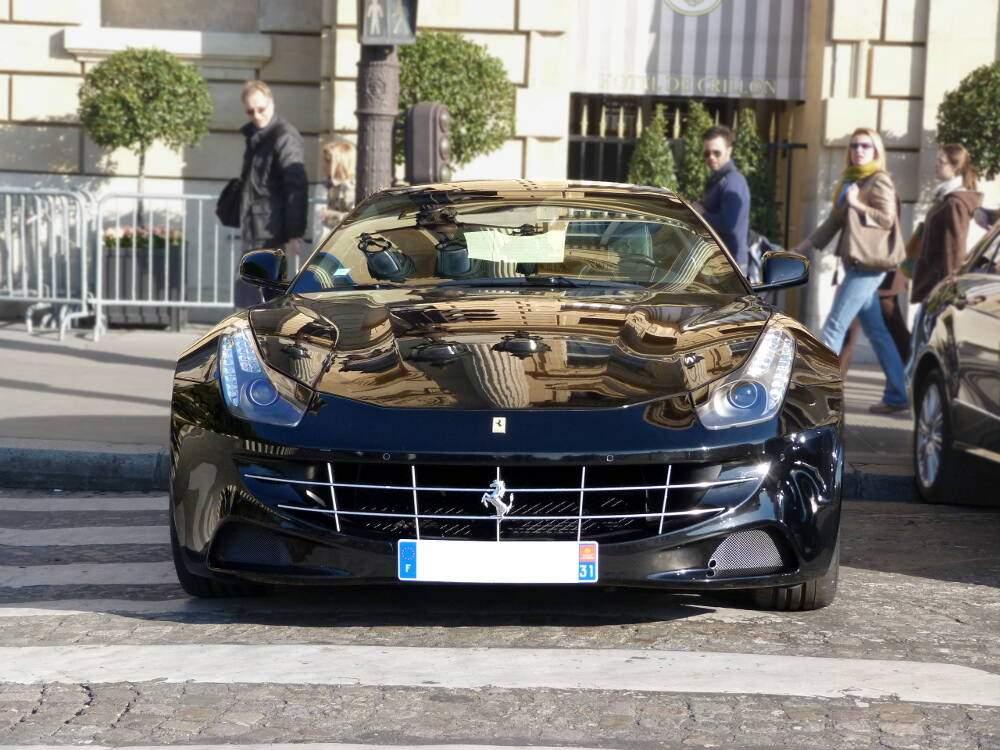 Ferrari FF (2011-2016),  ajouté par xxxxx