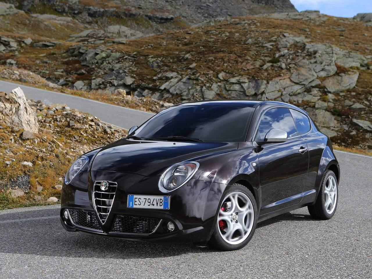 fiche technique alfa romeo mito 1 4 multiair 140 2014. Black Bedroom Furniture Sets. Home Design Ideas