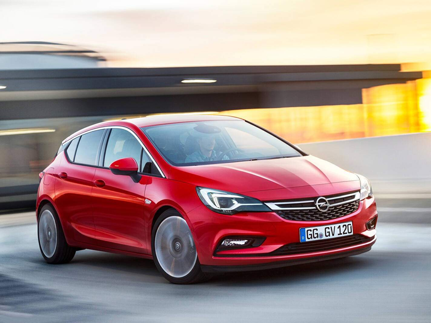 Opel Astra V 1.6 Turbo 200 (K) (2015-2019),  ajouté par fox58
