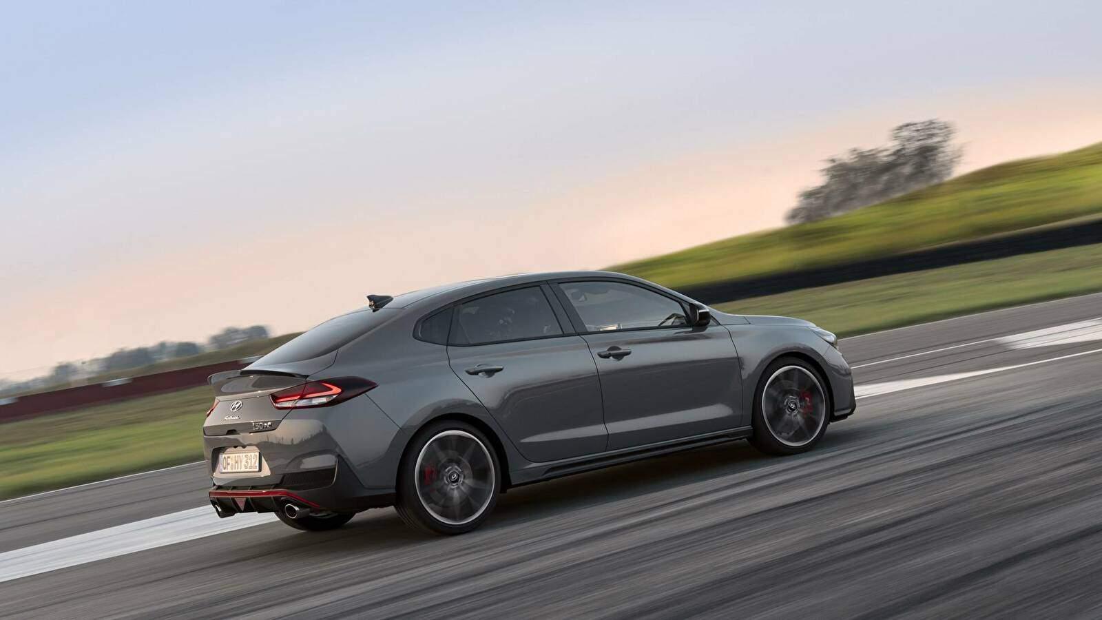 Hyundai i30 III Fastback N Performance (PD) (2018),  ajouté par fox58
