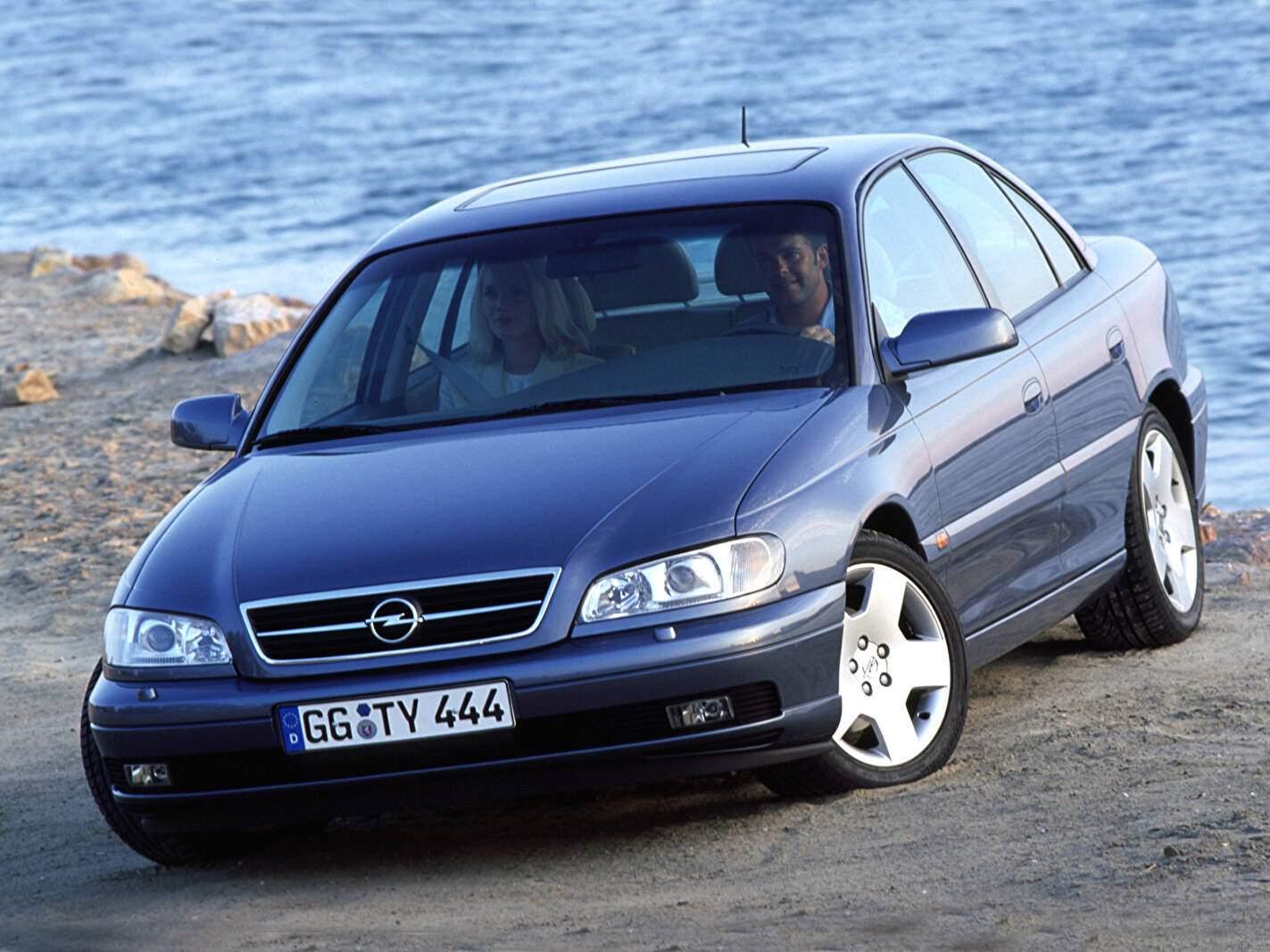 Opel Omega II 2.6 V6 (B) (1999-2003),  ajouté par fox58