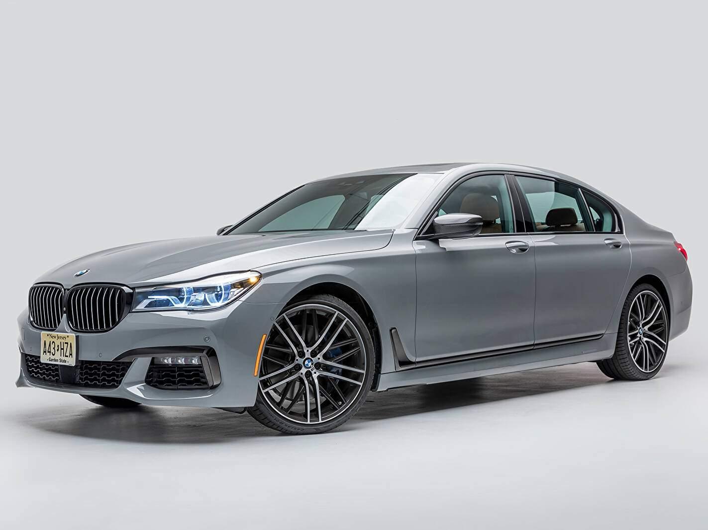 BMW 750i (G11) (2015-2018),  ajouté par fox58