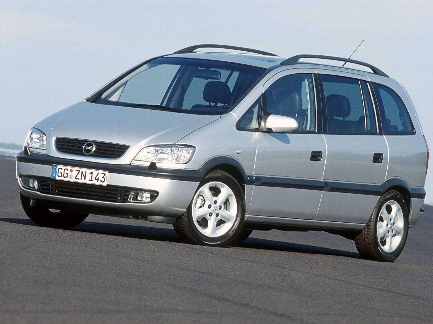 Opel Zafira 2.2 16v (2000-2005),  ajouté par fox58
