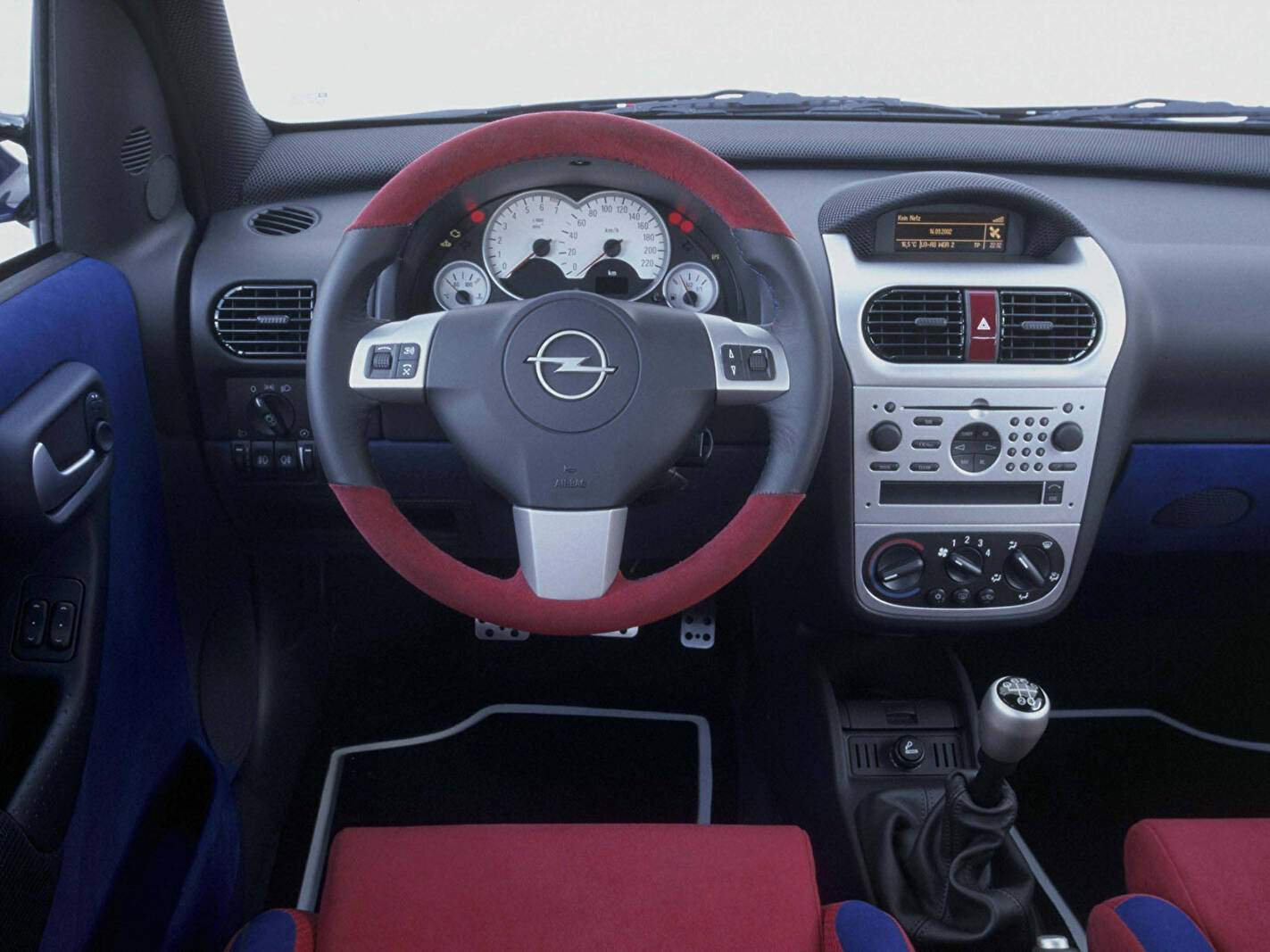 Opel Combo Eau Rouge Concept (2002),  ajouté par fox58