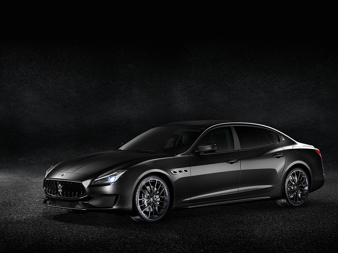 Fiche technique Maserati Quattroporte VI S (M156) « Nerissimo » (2018)
