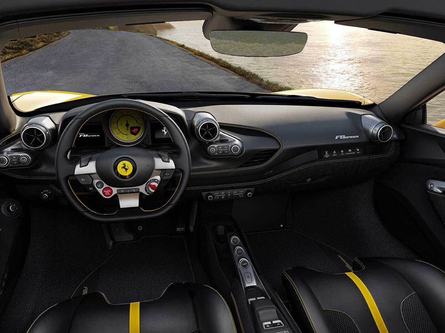 Ferrari F8 Spider (2019),  ajouté par fox58